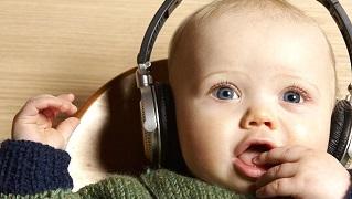 Nghe nhạc Mozart có khiến trẻ thông minh, ngay cả khi trong bụng mẹ?