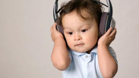Nhạc thính phòng cho bé có giúp bé thông minh?