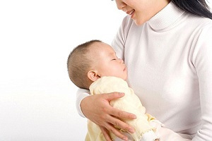 Những lợi ích to lớn của việc hát ru cho bé